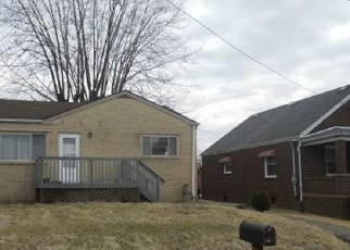 Foreclosed Home in Weirton 26062 CLEVELAND RD - Property ID: 4394681612