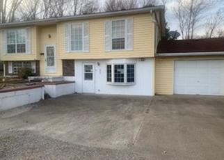 Foreclosed Home in Carmi 62821 COUNTY ROAD 1285 N - Property ID: 4394787153