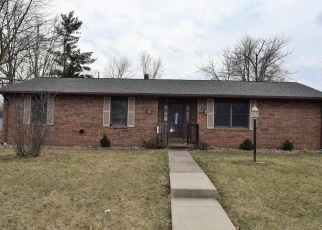 Foreclosed Home in Carlyle 62231 SAINT CLAIR ST - Property ID: 4394791542