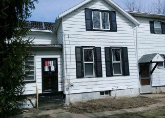 Foreclosed Home in Freeport 61032 N WILBUR AVE - Property ID: 4394794159