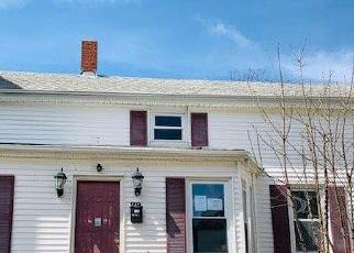 Foreclosed Home in Fall River 02721 BEACON ST - Property ID: 4394837529