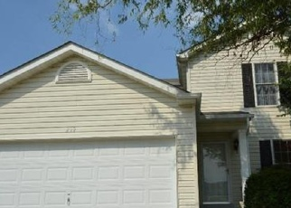 Foreclosed Home in Wentzville 63385 JOHN CHARLES DR - Property ID: 4394873439