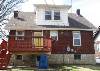 Foreclosed Home in Saint Louis 63114 NORTHLAND AVE - Property ID: 4394874311