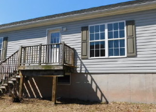 Foreclosed Home in South Fallsburg 12779 TIMBER HILL LN - Property ID: 4394911998
