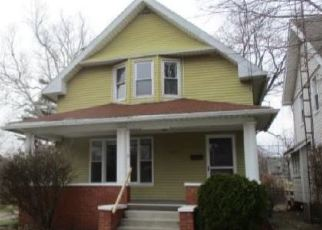 Foreclosed Home in Toledo 43612 HOILES AVE - Property ID: 4394928180