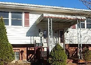 Foreclosed Home in Columbus 43229 FAIRCREST RD - Property ID: 4394929500