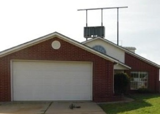 Foreclosed Home in Purcell 73080 OAKRIDGE DR - Property ID: 4394932116