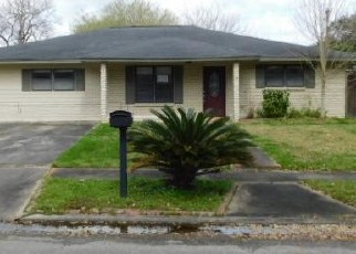 Foreclosed Home in Bay City 77414 CANDLEWOOD DR - Property ID: 4394962350
