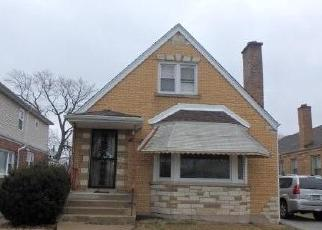 Foreclosed Home in Chicago 60628 S WALLACE ST - Property ID: 4395008332