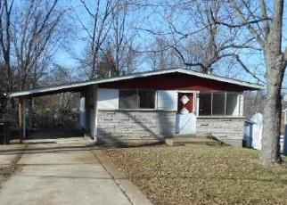 Foreclosed Home in Saint Louis 63114 OLD HANLEY RD - Property ID: 4395090236