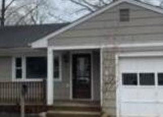 Foreclosed Home in Red Bank 07701 WALNUT AVE - Property ID: 4395112578