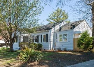Foreclosed Home in Portsmouth 23702 WOODLAND ST - Property ID: 4395176971