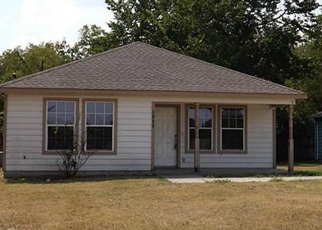 Foreclosed Home in Greenville 75401 DALTON ST - Property ID: 4395258420