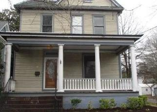 Foreclosed Home in Portsmouth 23707 BROAD ST - Property ID: 4395307927