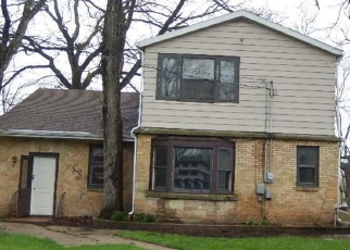 Foreclosed Home in Salem 53168 SHOREWOOD DR - Property ID: 4395327173