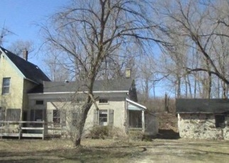 Foreclosed Home in West Bend 53095 CONGRESS DR - Property ID: 4395332891