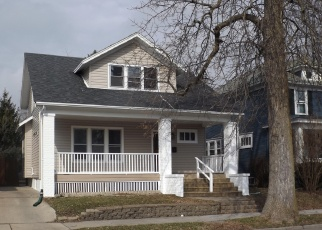 Foreclosed Home in Racine 53405 HAYES AVE - Property ID: 4395333757