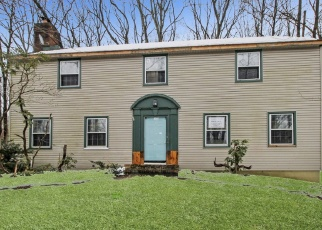 Foreclosed Home in Stewartsville 08886 FOX RUN RD - Property ID: 4395370995