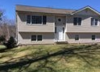 Foreclosed Home in Lake Hopatcong 07849 W EMERALD ISLE DR - Property ID: 4395371419