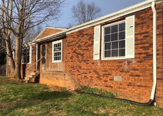 Foreclosed Home in Pounding Mill 24637 SUMMITT ST - Property ID: 4395400771