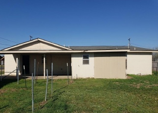 Foreclosed Home in Amarillo 79108 MOUNTAIN DR - Property ID: 4395485732