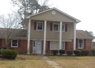 Foreclosed Home in Fayetteville 28303 ROCK CANYON DR - Property ID: 4395571120