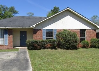 Foreclosed Home in Hinesville 31313 GULFSTREAM RD - Property ID: 4395576383