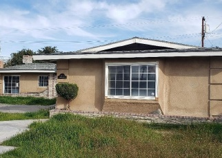 Foreclosed Home in Bakersfield 93304 OAKWOOD DR - Property ID: 4395634195