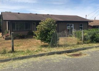 Foreclosed Home in Gold Beach 97444 SHORE PINE LN - Property ID: 4395797120