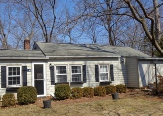 Foreclosed Home in Norwalk 06850 HILLWOOD PL - Property ID: 4395814653