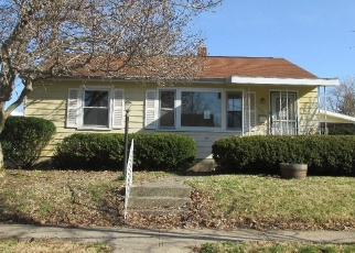 Foreclosed Home in Rushville 46173 E 10TH ST - Property ID: 4395883405
