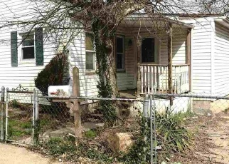 Foreclosed Home in Covington 41016 PARKWAY AVE - Property ID: 4395889544
