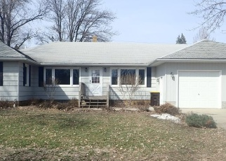 Foreclosed Home in Trimont 56176 CHESTNUT ST E - Property ID: 4395991144