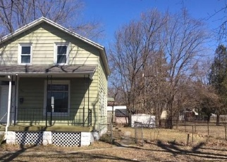 Foreclosed Home in Port Huron 48060 CHESTNUT ST - Property ID: 4396014361