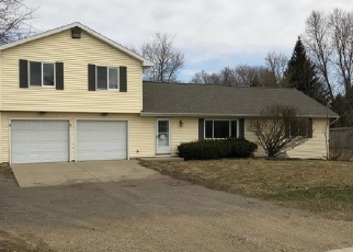 Foreclosed Home in Lansing 48906 W CLARK RD - Property ID: 4396029698