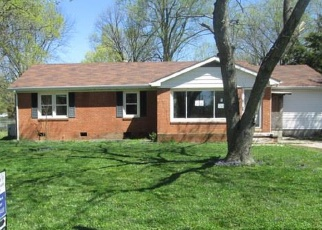 Foreclosed Home in Hopkinsville 42240 FAIRVIEW DR - Property ID: 4396118155