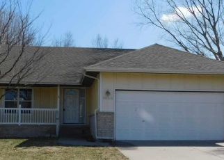 Foreclosed Home in Halstead 67056 REDBUD CT - Property ID: 4396127358