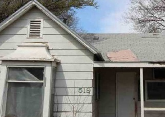 Foreclosed Home in Wellington 67152 E LINCOLN AVE - Property ID: 4396132168