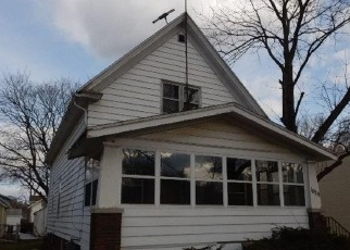 Foreclosed Home in Cedar Rapids 52404 J ST SW - Property ID: 4396157583