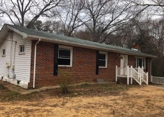 Foreclosed Home in Severna Park 21146 S JENNINGS RD - Property ID: 4396290731