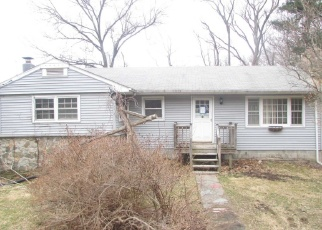 Foreclosed Home in Beacon 12508 GREENWOOD DR - Property ID: 4396447521