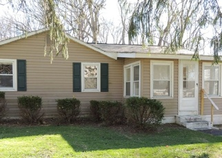 Foreclosed Home in Newark 19702 GARDEN LN - Property ID: 4396480813