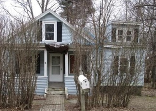 Foreclosed Home in Worcester 01603 PARIS AVE - Property ID: 4396517150
