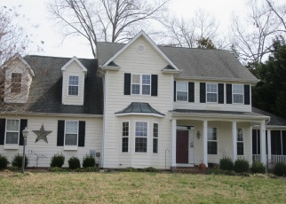 Foreclosed Home in Issue 20645 BACHELORS HOPE CT - Property ID: 4396521988