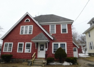 Foreclosed Home in Gloversville 12078 5TH AVE - Property ID: 4396549572