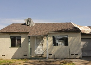 Foreclosed Home in Long Beach 90810 E 220TH ST - Property ID: 4396564911