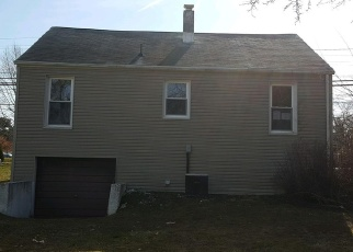 Foreclosed Home in Manchester 17345 N MAIN ST - Property ID: 4396615706