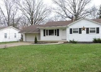 Foreclosed Home in Youngstown 44511 WEDGEWOOD DR - Property ID: 4396745788