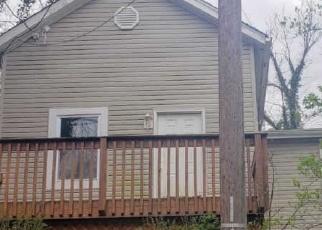 Foreclosed Home in Cincinnati 45230 CRESTVIEW PL - Property ID: 4396892500