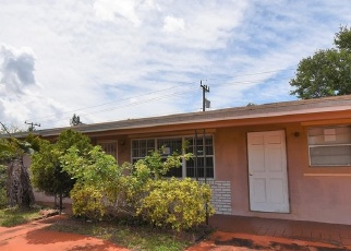 Foreclosed Home in Hollywood 33023 SW 69TH TER - Property ID: 4396948567